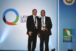 Por el Latin American Quality Institute