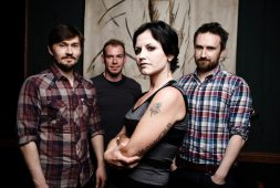Muere Dolores O'Riordan, vocalista de The Cranberries