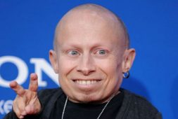 Revelan supuesto suicidio de Verne Troyer, actor de Mini Me en la saga de Austin Powers