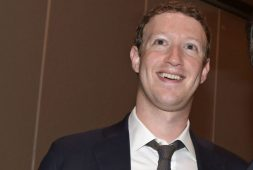 Washington demanda a Facebook por caso Cambridge Analytica