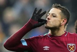 Valencia se interesa por 'Chicharito'