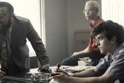 Demandan a Netflix por 'Black Mirror: Bandersnatch'